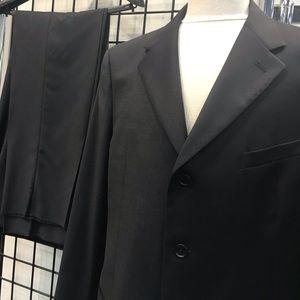 Men's Dark Navy Blue Armani Collezioni Suit